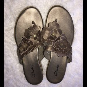 Women's Clarks brand sandals size 6.